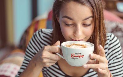 Unsere Café-Bereiche öffnen wieder!