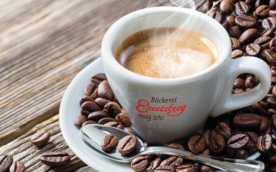 Alle Café-Bereiche wieder geöffnet!
